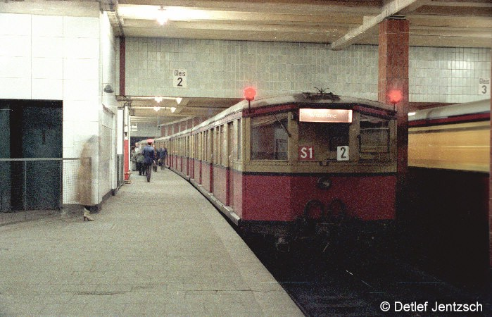 Bild: Der Bahnhof kurz vor der Sanierung.