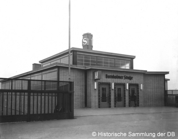 Empfangsgebäude 1935