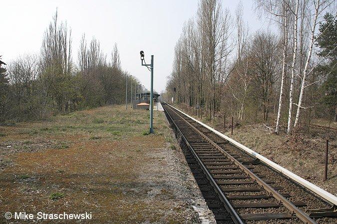 Bild: Bahnsteig im April 2007
