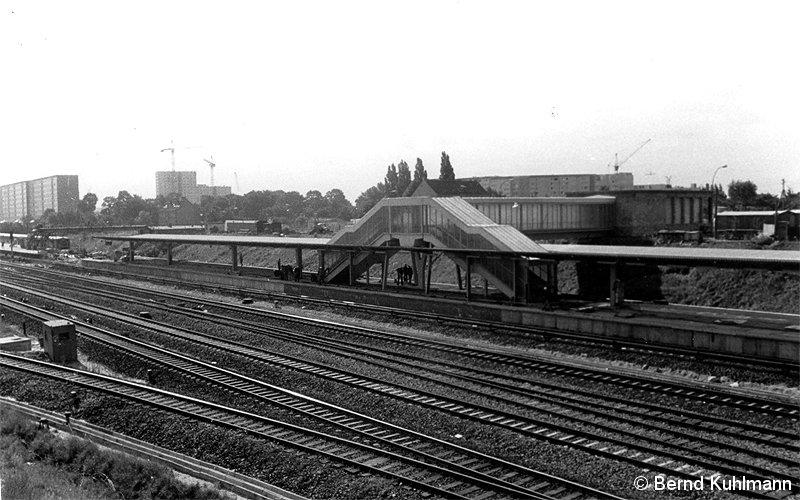 Bild: neuer und alter Bahnsteig