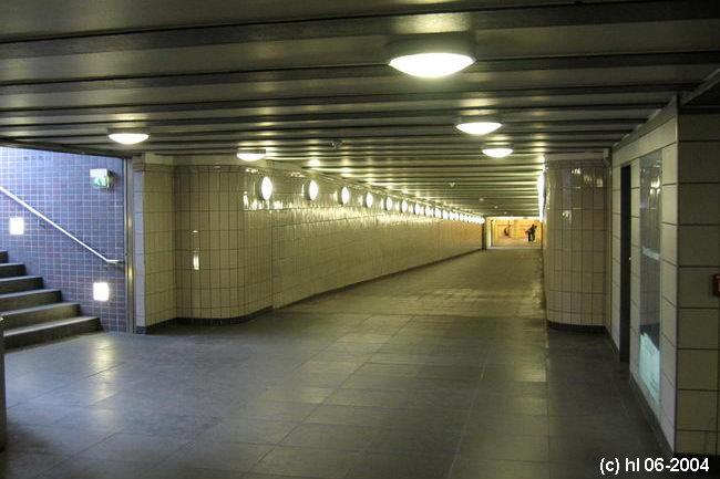Bild: Verbindungstunnel