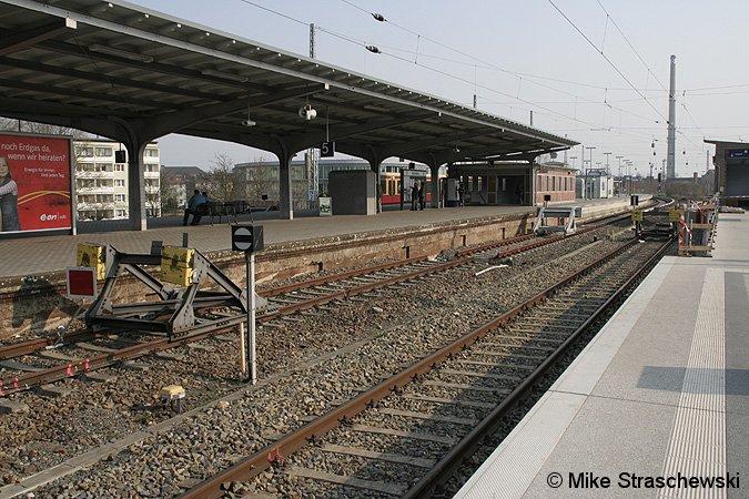 Bild: alter und neuer S-Bahnsteig