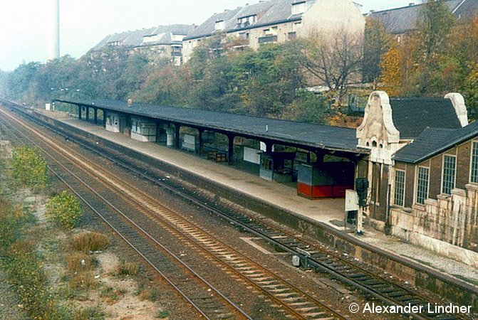 Bild: Bahnsteig um 1982