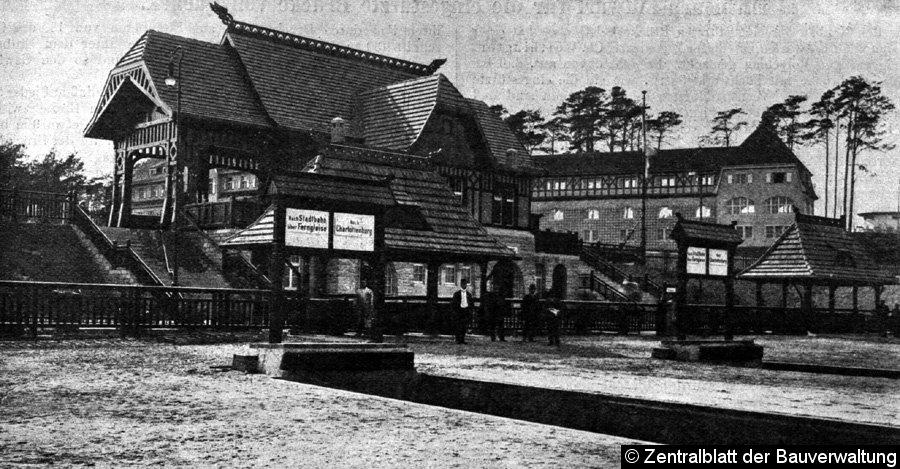 Bild: Bahnhofsansicht 1