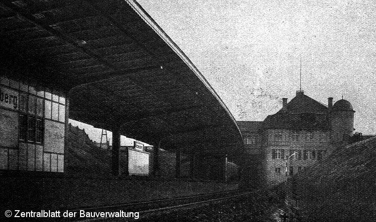 Bild: Blick zum Empfangsgebäude