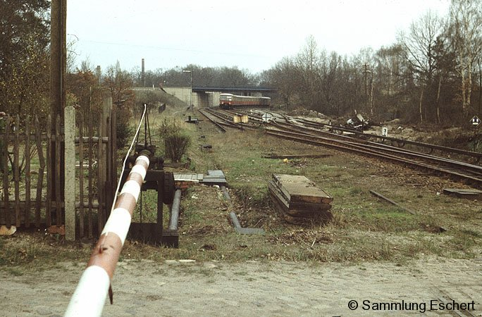 Bild: Bahnübergang Bruno-Bürgel-Weg