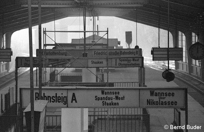 Bild: Zugziele auf Ringbahnsteig