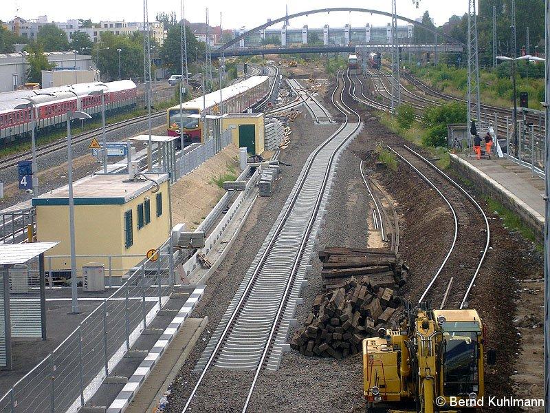 Bild: Neubau der Bahnsteige 2013