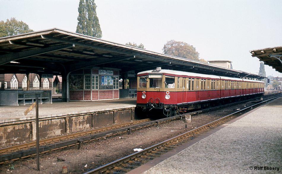 Bild: Zug in Wannsee 1