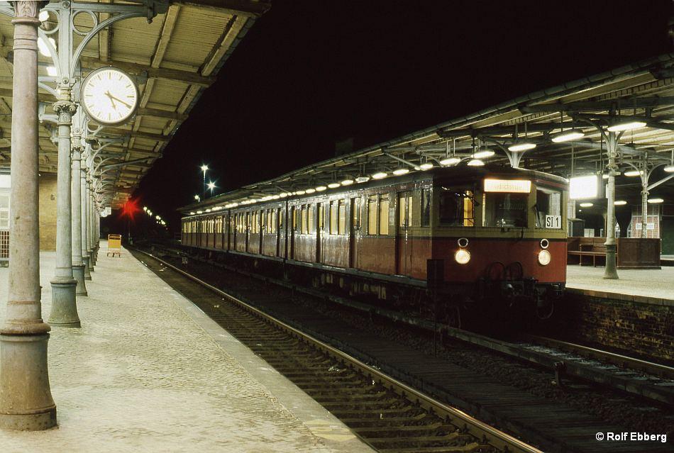 Bild: Zug in Wannsee 4