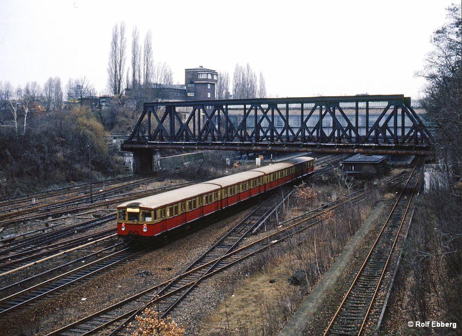 Bild: Zug in Westkreuz 2