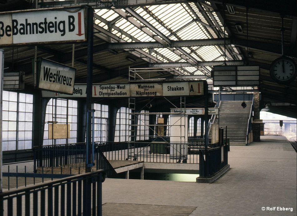 Bild: Ringbahnsteig Westkreuz