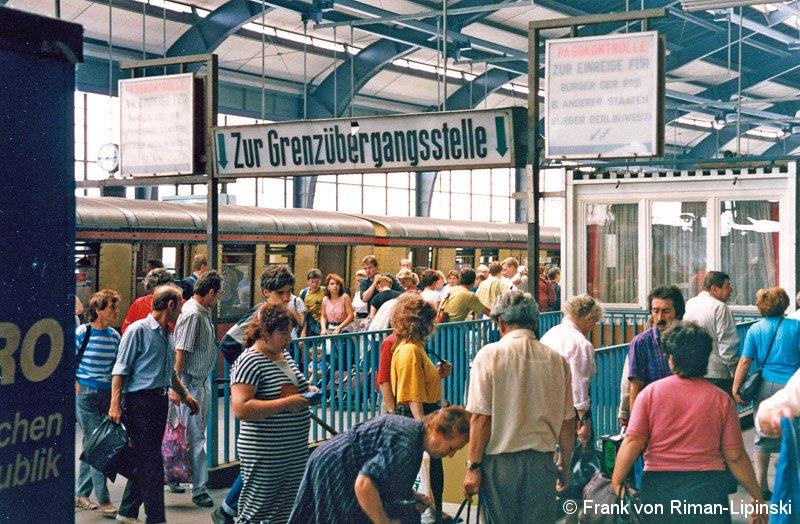 Bild: Umsteigesituation vom Bahnsteig B zum Bahnsteig C