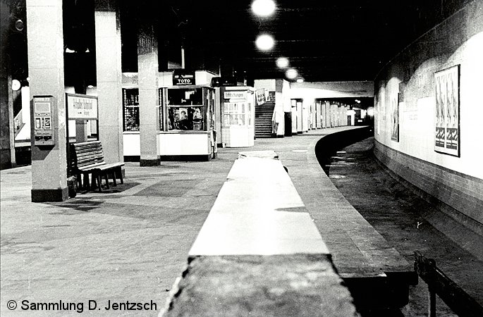 Bild: Anhalter Bahnhof leerer Gleistrog