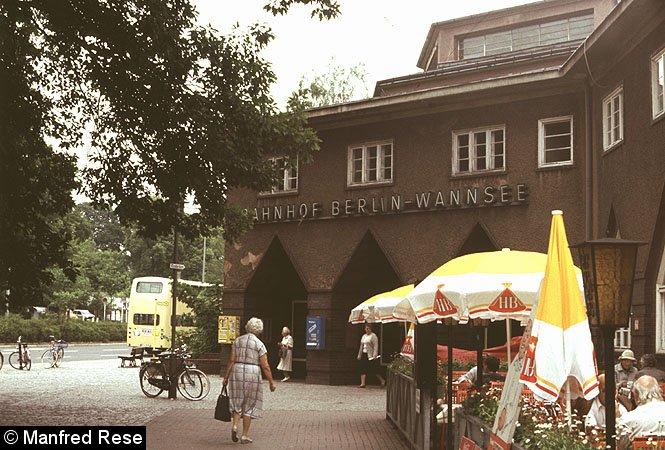 Bild: Empfangsgebäude Wannsee