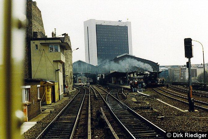 Bild: westliches Gleisfeld April 1994